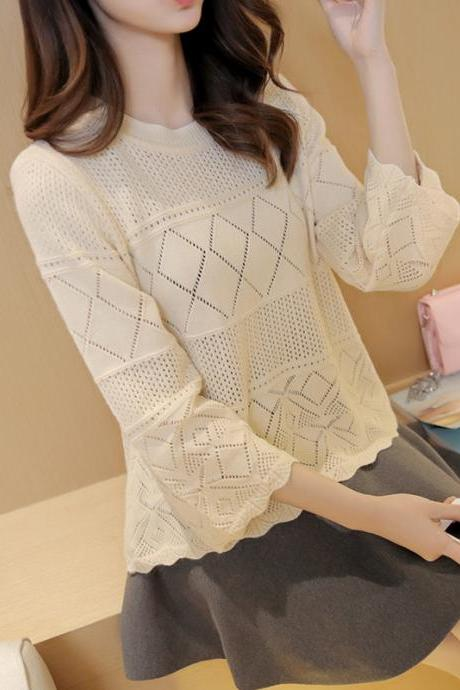 Beize Knitwear CutWork Pattern Top